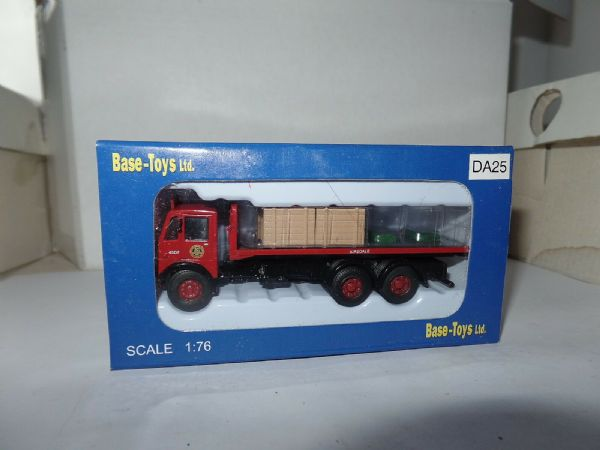 B T Models DA-25 DA25 1/76 Albion CX5 6 Wheel Flatbed Crate Load BRS Airedale